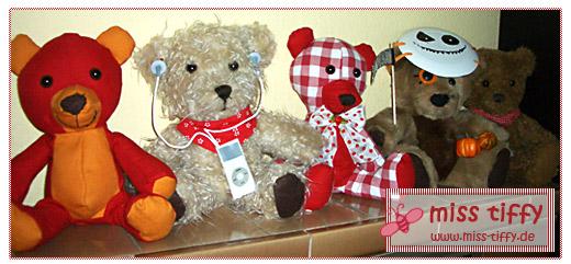 Die Gründungsmitglieder der Teddy-Bären-Armada