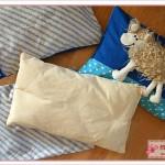 Schaf als Kinderkissen - mit Innenkissen aus Baumwolle mit Füllwatte