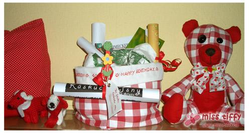 Fertig: Käsepacker mit Beutel als Geschenkverpackung