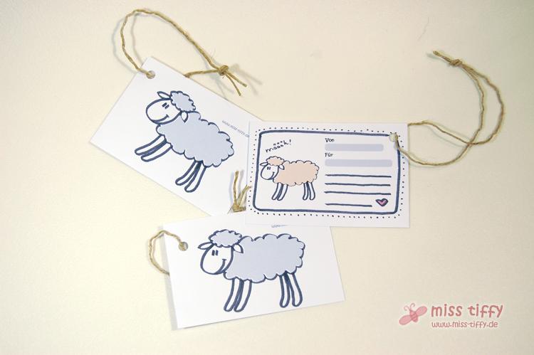 Neu: Passende Geschenkanhänger für die Schafkuschelkissen