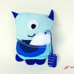 Mr GetWell in blau mit sienem Teebeutelchen