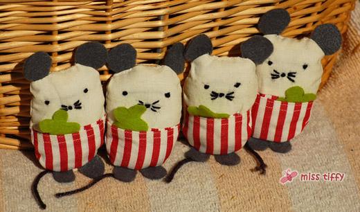 Ab sofort wieder im Shop: Miss Luck, die universale Glücksbringer-Maus