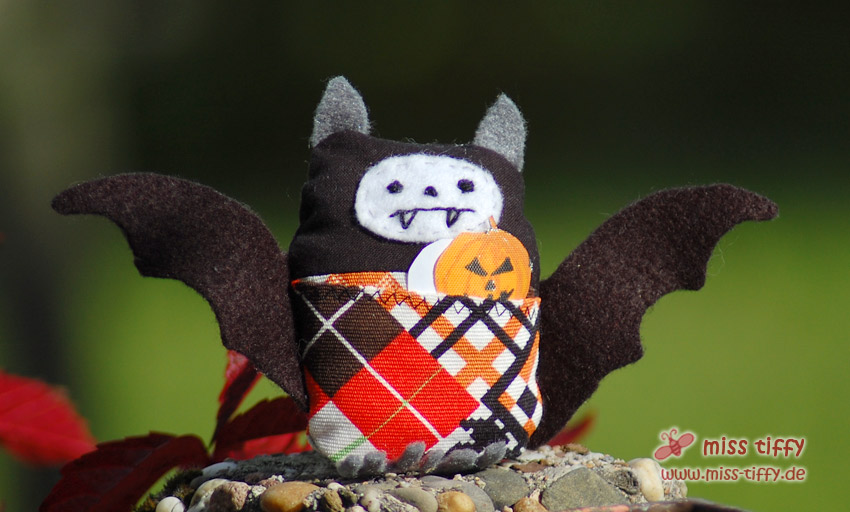 Gregory aus der Halloween-Edition der Little Friends - ab sofort im Shop erhältlich!