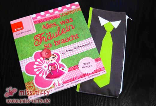 Fertig für den Adventskalender: die Krawattentasche für den Tiffygatten