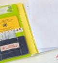 Innen: Platz für Impfass, Rezepte, Versichertenkarte