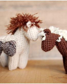 Pferd häkeln: Anleitung Häkelpferdchen
