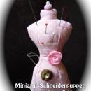 Miniatur-Schneiderpuppe, genäht von Petra nach dem gleichnamigen binenstich-Ebook | binenstich.de
