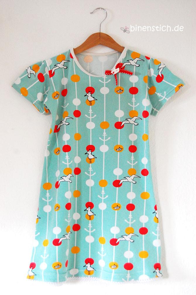 Kinder-Nachthemd nähen: Maritim Dots von Lillestoff | binenstich.de